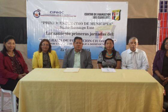 Alianza fundacion Clavelines y el CIPROC